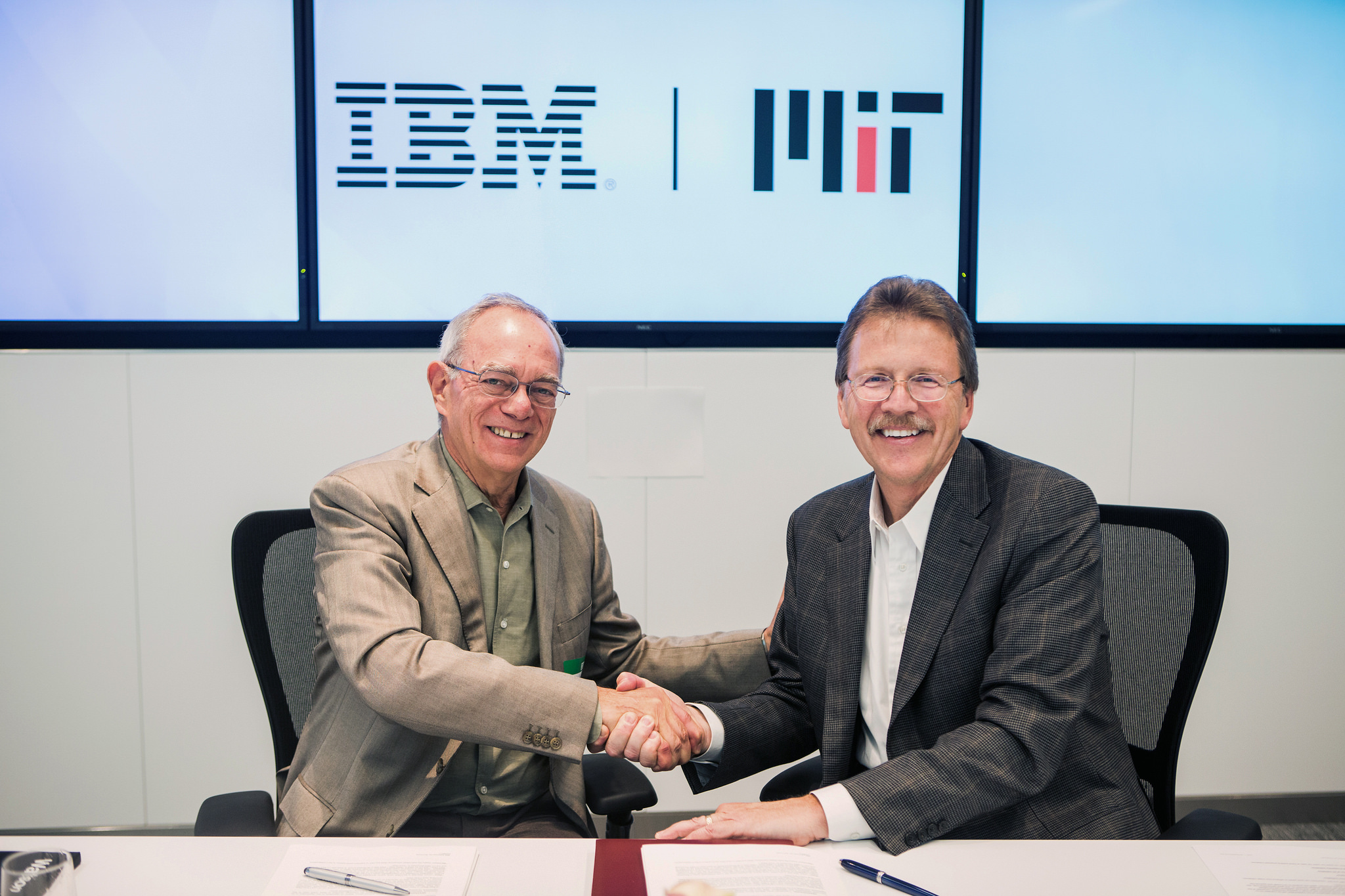 MIT President, Dr. L Rafael Reif and IBM Senior Vice President, Cognitive Solutions and Research, Dr. John Kelly III
