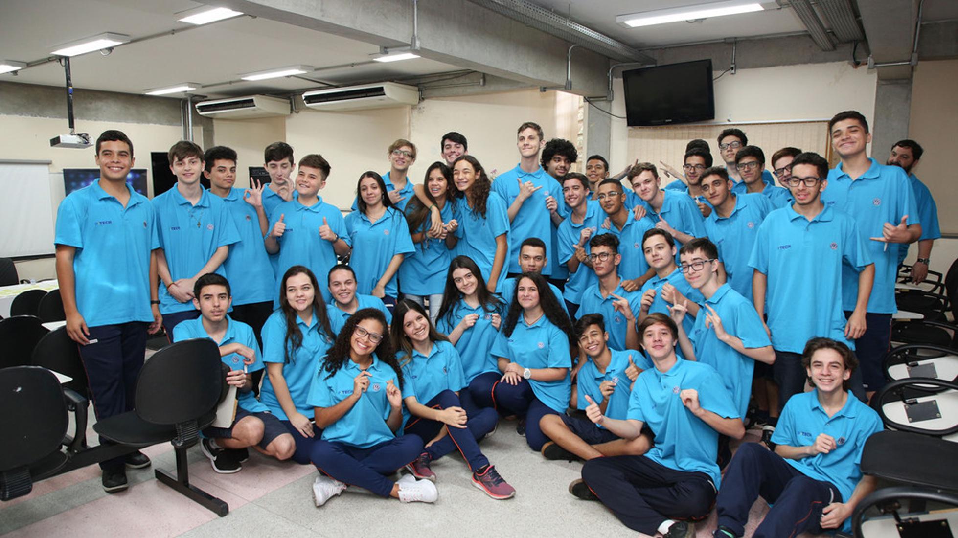 Volkswagen faz parceria com IBM e Centro Paula Souza para formar profissionais da Era Digital - IBM Comunica