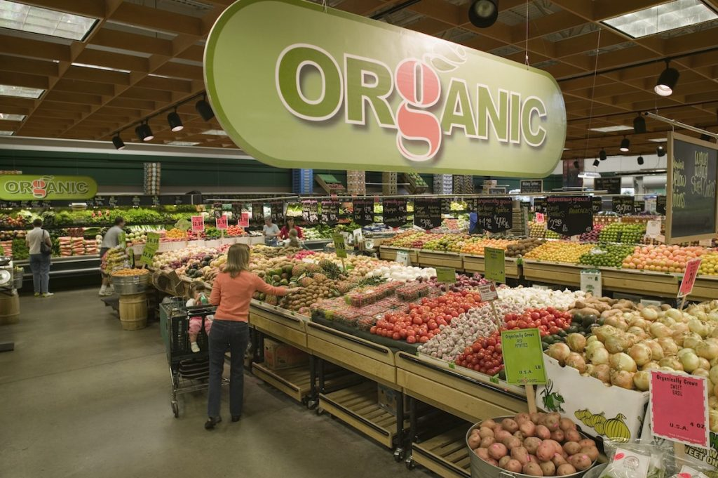 grocery store organic aisle