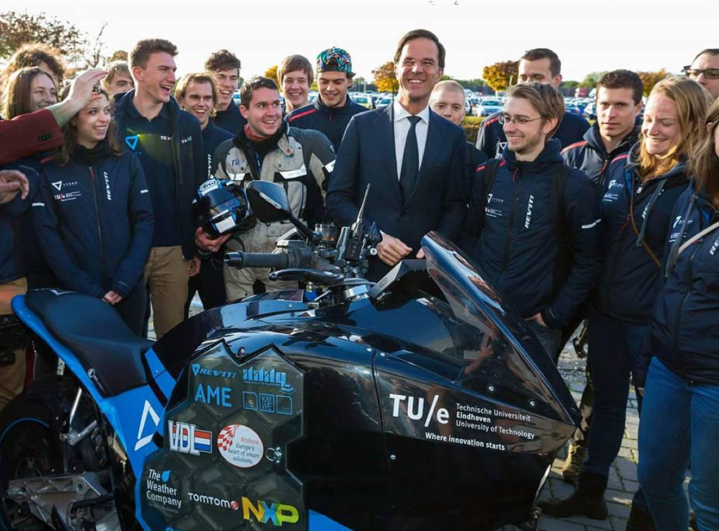 Netherlands prime minister Mark Rutte meets the Stormwave team supported by Alchemy social media analysis