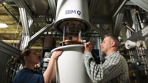 Join the IBM Research scientists and experts who are reimagining computing. They're pioneering quantum computing and advancing AI.
