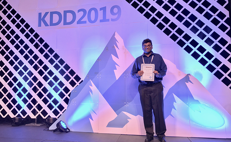 Charu Aggarwal received the SIGKDD innovation award for his reseaarch contributions in high-dimensional data, privacy, data streams, uncertain data, graphs, text mining, and social networks