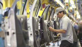 5 ways order management can drive change in the automotive industry
