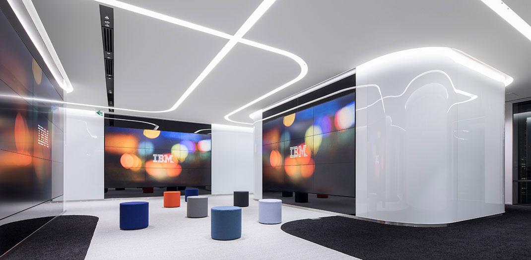 大阪事業所の新しいアジャイルなオフィスその1