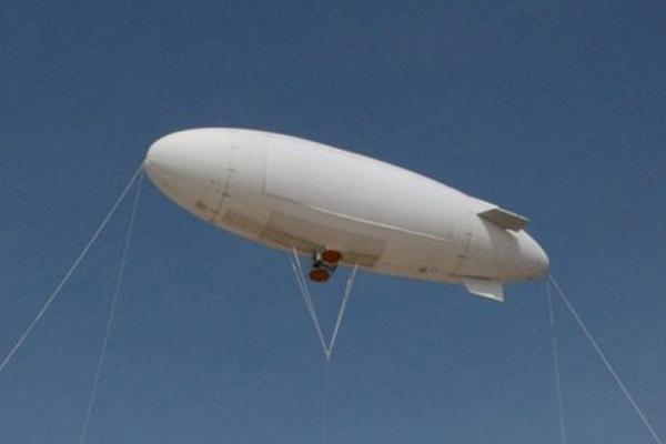 災害地では飛行船に積んだバッテリーからマイクロ波で給電する