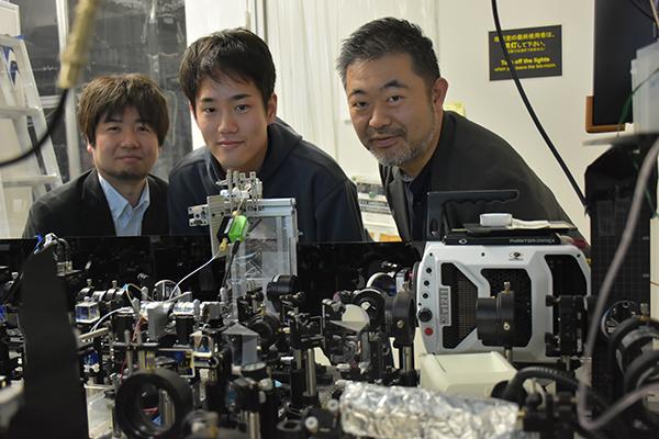 合田教授の研究室