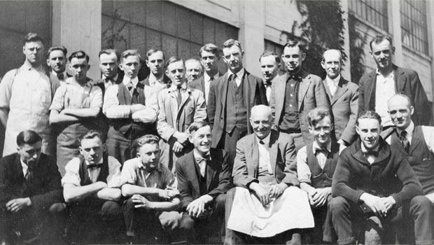 Photo of a group of toolmakers in Endicott