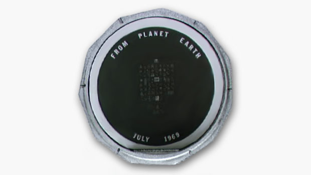Apollo 11 disc says From Planet Earth July 1969