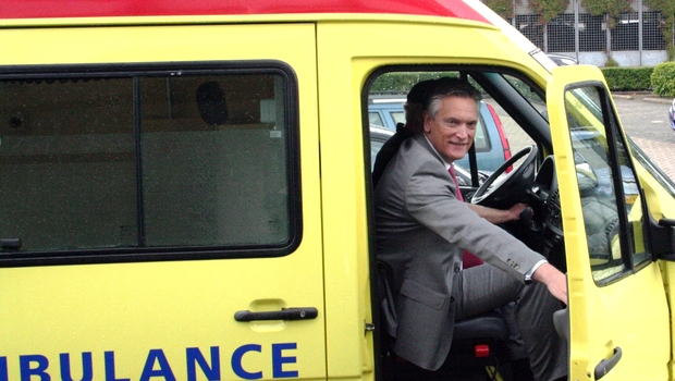 Harry van Dorenmalen, Chairman IBM Europe and Country General Manager Netherlands, takes part in the Ambulance Challenge for hospitals in Sierra Leone.