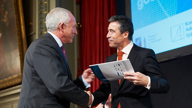 Larry Hirst and NATO Secretary General Anders Fogh Rasmussen in June 2010.