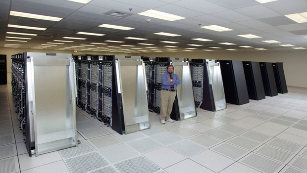 Man standing at the Blue Gene/L at Lawrence Livermore National Laboratory