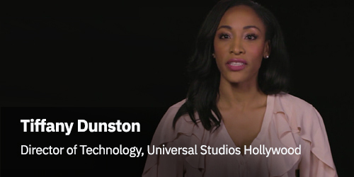 Tiffany Dunston Director of Technology, universal Studios Hollywood - donna con capelli lunghi