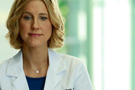 'Watson, vamos rever o registo médico eletrónico do paciente seguinte'
